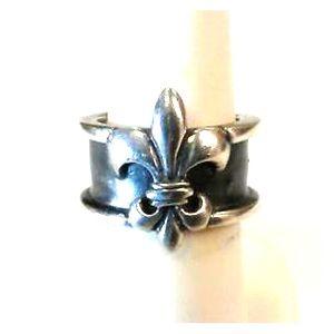 Mignon Faget Classic, Large Fleur de lis Ring•Sz 7